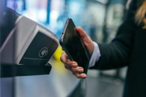 Nayax webinar on rise in cashless payments